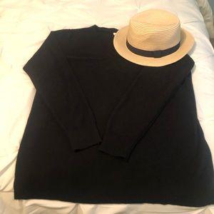 GAP Black V-neck Sweater